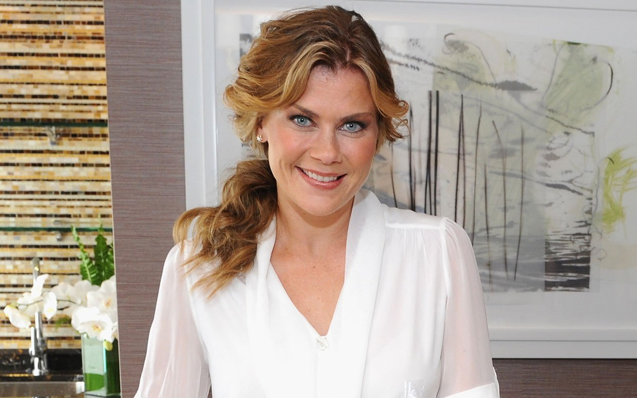 Alison sweeney to star and executive produce hallmark original movie