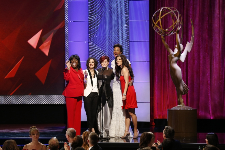 """The Talk"" Ladies: l-r: Sheryl Underwood, Sara Gilbert, Sharon Osbourne, Aisha Tyler, Julie Chen"